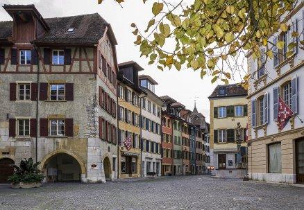 2011 La Neuveville - Place de la Liberté - Rue de l'Hôpital - Photo Chs Ballif